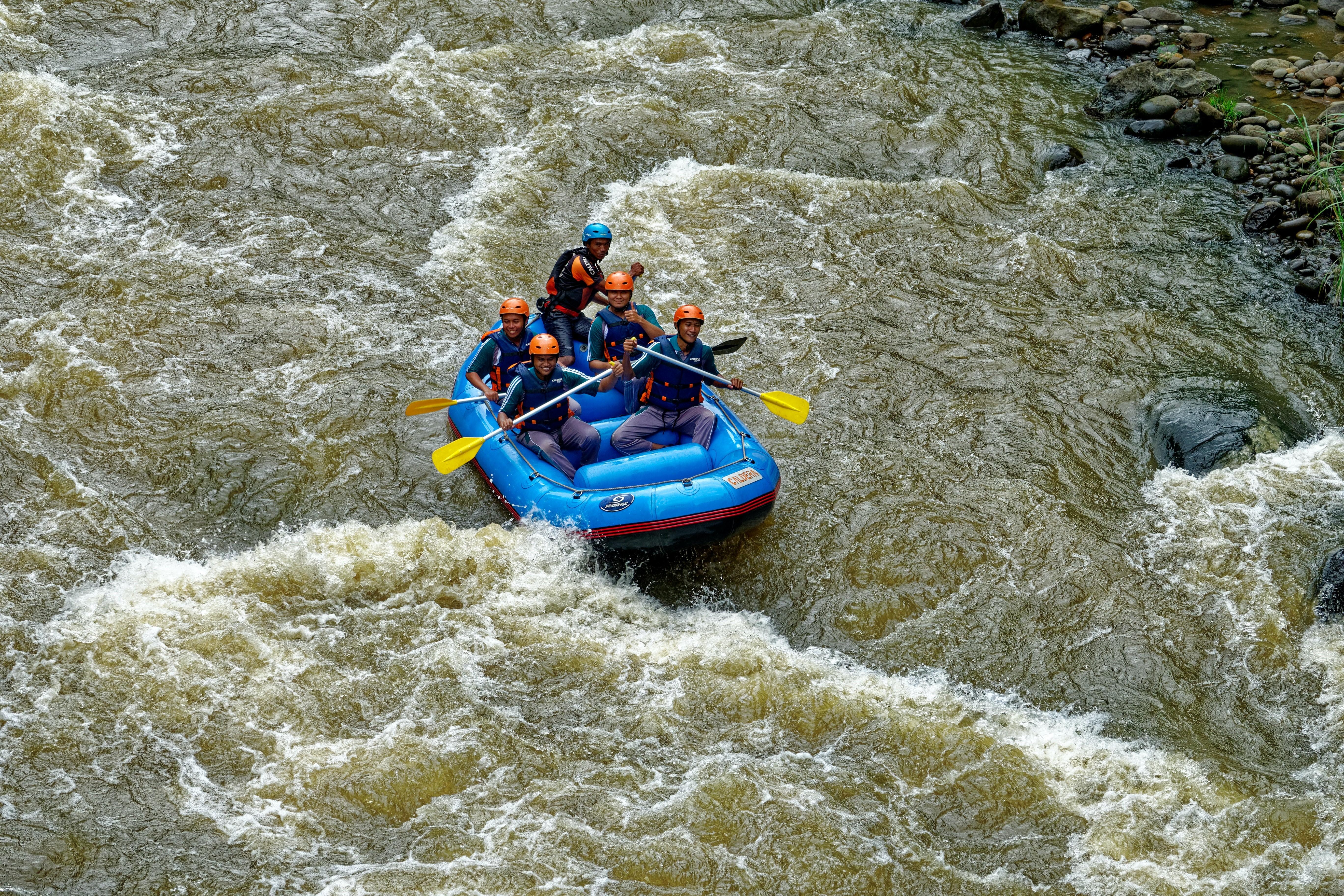 Dalgalarla Rafting Macerası
