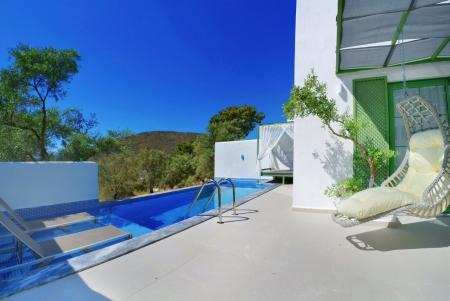 Villa Mulberry Thyme