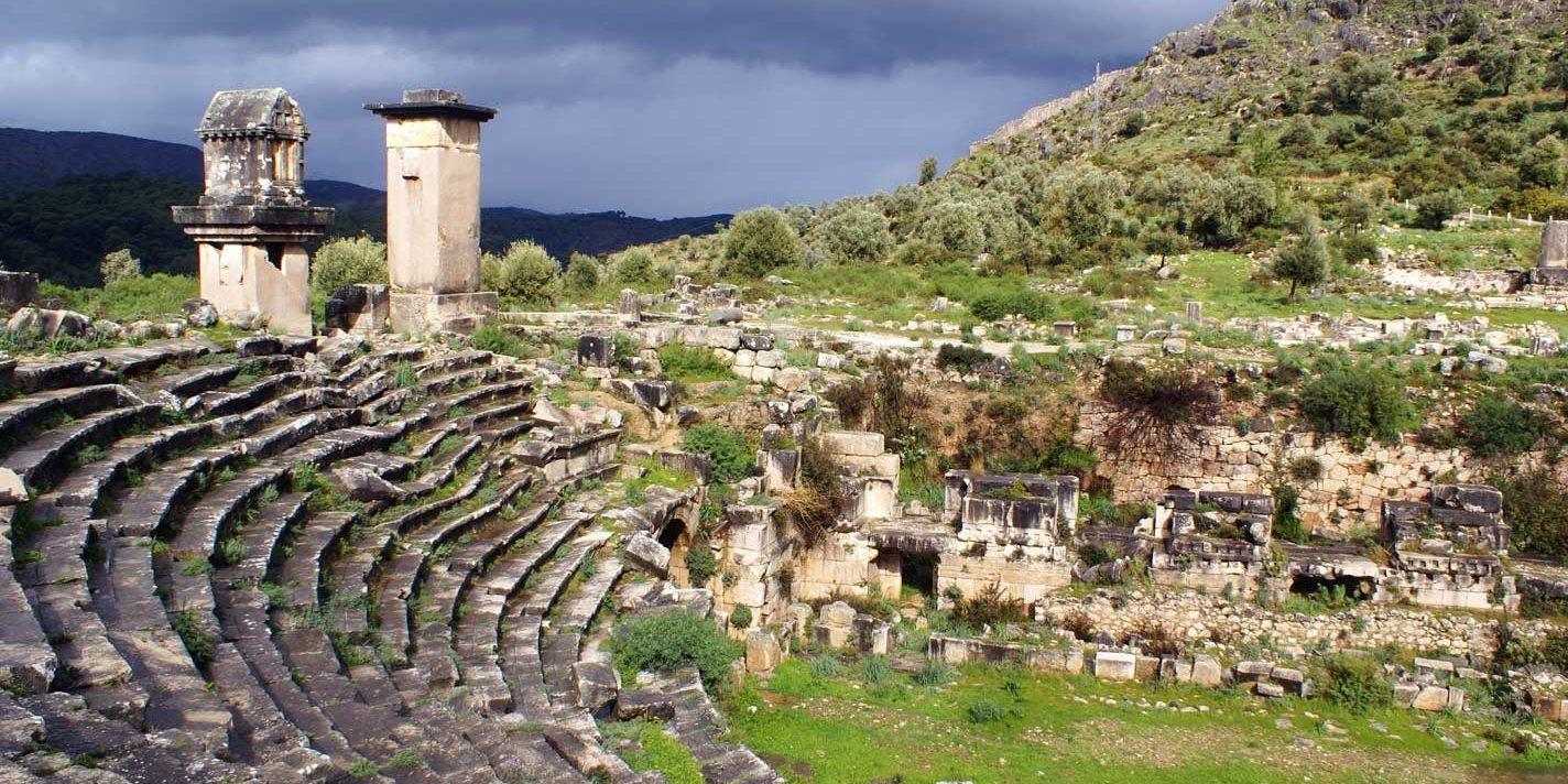 pınara antik kenti antik tiyatrosu